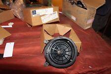 MERCEDES Ml W163 Bose Lautsprecher hinten links 1638200702