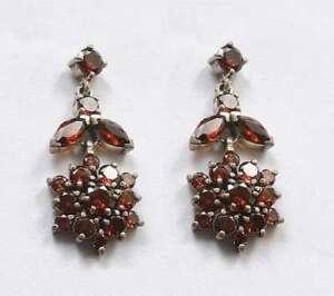 .925 Silver Jewellery earring - garnet