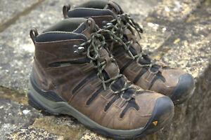 Keen Targhee ii Mid Boots. Size 9.5 Canteen/Dark Olive