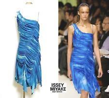 2006SS Runway ISSEY MIYAKE Asymmetrical One Shoulder Dress Blue Gradation Size 2