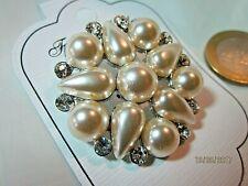 Neugablonz 36882 Mächtige Brosche 3 große Perlen um 1955