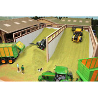 BRUSHWOOD BT8500 Monster Silage Pit - 1:32 Farm Toys