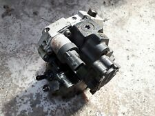 Volvo V70 S60 S80 XC90 D5 High Pressure Diesel Pump 8689591
