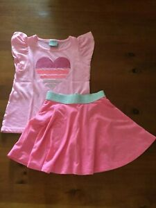 GIRL'S SET- SIZE 5 - Top and skirt - Excellent condition