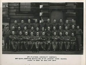 WW2 Soldier group 58th Civil Service Battalion London Home Guard at stand down