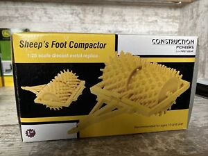 1/25th Scale First Gear Sheep's Foot Compactor Diecast Yellow Construction