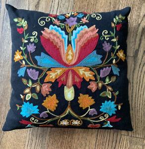 PIER 1 Decorative Pillow Black Linen Multi Color Floral Sateen Back 17x17