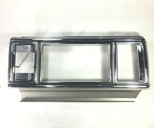 TOYOTA CROWN 2600 Super Saloon MS85 Cover Rim Tail Light GENUINE NOS JAPAN -RH-