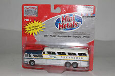 CMW MINI METALS HO SCALE GMC PD-4501 GREYHOUND SCENICRUISER BUS, BOXED