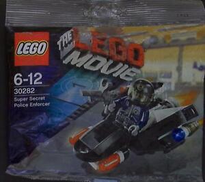 LEGO THE LEGO MOVIE Super Secret Police Enforcer 30282
