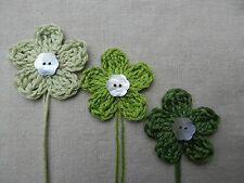 x6 Crochet Flowers appliques GREENs Mother Pearl button Embellishments Toppers