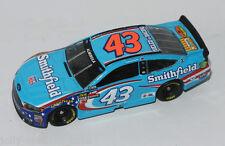 #43 ford NASCAR 2017 * Smithfield * Aric Almirola - 1:64 lionel