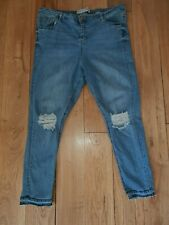 Denim & Co size 20 light wash skinny ripped distressed jeans