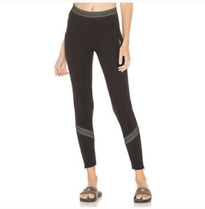 FREE PEOPLE MOVEMENT Zephyr Black Zip Legging Side Pockets Size Small Cropped