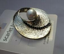 Anstecknadel Brosche silberfarben 4,5 cm Strass klar Mode-Perle weiß B 82 a