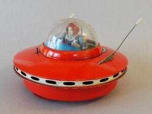 Vintage KO. YOSHIYA Flying Saucer w/ spaceman UFO Tin Toy From 1956 JapanRare