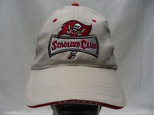 TAMPA BAY BUCANEERS - NFL - STADIUM CLUB - 2006 - ADJUSTABLE BALL CAP HAT!