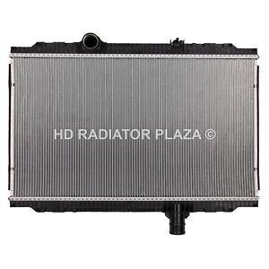 Radiator For Kenworth 08-09 T170 T270 T300 T370 Peterbilt 325 330 335 340