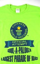 Official Guinness World Record Attempt KIAS ON PARADE Green Tee Size L