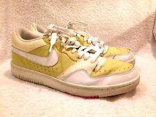 Nike men's court force SAMPLE su08 size 9 good shape