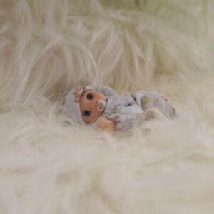 Handmade miniature Baby Boy 1:12 dollshouse mini jointed Ooak polymer clay doll