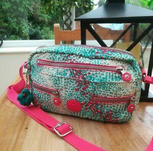 Kipling S/M bag with baby fluffy monkey