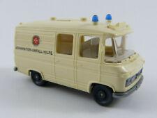 """MB Krankenwagen """"Johanniter Unfallhilfe"""" beige Wiking 27 1:87 H0 ohne OVP [WN11]"""