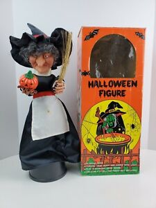 Vintage 1989 Sancho Halloween Witch Spooky Sounds w/ glowing eyes & pumpkin