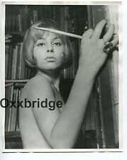 Naked Girl Painting Classic Art Symbolism 1960 ORIGINAL 8x10 Nude Photo 863