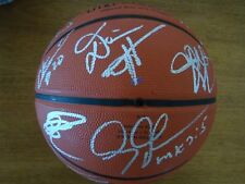 2005-2006 DALLAS MAVERICKS WESTERN CONFERENCE CHAMPS TEAM SIGNED BALL BY 17