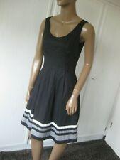 s.Oliver tolles Kleid 36 schwarz mit weiß + grau