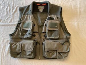 Simms G3 guide fishing vest.