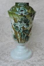 Antico vaso base lampada dipinto a fiori e foglie verdi Victorian opaline vase