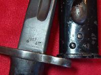 ANTIQUE  WWI 1917 BRITISH BAYONET SANDERSON mark (w. original scabbard)