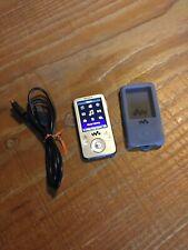 Sony Media Player Nwz-e435f Mp3 Player Walkman Radio With Charger & Case Bundle