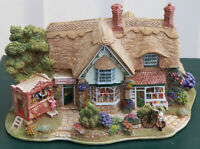 Lilliput Lane Sweets & Treats L2315 complete with Deeds