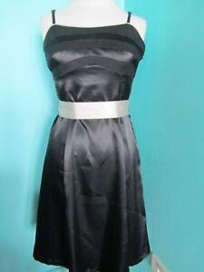 M&CO BLACK/BEIGE EVENING PROM PARTY DRESS SIZE 12 PETITE LINED ADJUSTABLE STRAPS
