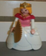 GEOBRA CASTLE LADY W/ NECKLACE, FAN & CROWN 1987 VINTAGE VICTORIAN FAIRY WEDDING