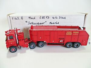 ROXLEY/A. SMITH MODELS 'F163B MACK C85 NYFD SUPER PUMPER FIRE ENGINE' 1:48. MIB.