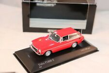 Minichamps Volvo P 1800 ES 1971 Red limited 1 of 2304 pcs 1:43 mint in box