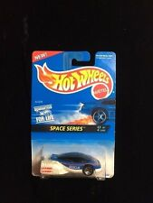 1995 Hot Wheels ALIEN Car NEW ON CARD #390 Space Series #3 of 4