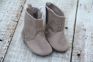Old Navy Kids NEW Toddler Girl 12-18 Mo Stone Beige Suede Pre-Walking Crib Boots