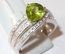 AA Peridot and Topaz banded ring in platinum overlay Sterling Silver. Size P.