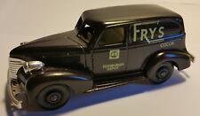 """CHEVROLET 1939 VAN - """"FRY'S COCOA"""" LLEDO DAYS GONE (REF.:DG30)"""