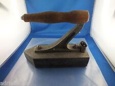 Muy vieja 220v plancha 5,53 kg Antik con madera soporte plancha de acero