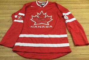 Nike 2010 Team Canada Olympic Hockey Jersey size Small Fits Medium