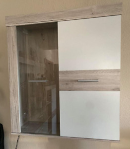 Used Cabinet With Glassy door