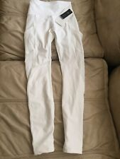 Lululemon Keep Score Tight Size 4! WHITE NWT! SOLD OUT!! Unicorn RARE!