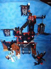 LEGO Castle Knights Kingdom II Scorpion Prison Cave 8876 USED 7+ boys/girls
