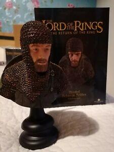 Sideshow Weta Lord of the Rings Rohirrim Soldier Polystone Bust No. 417/1000 MIB